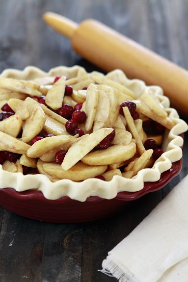 Perfect all-butter pie crust. Yum!/ Looking for an apple cranberry pie ...