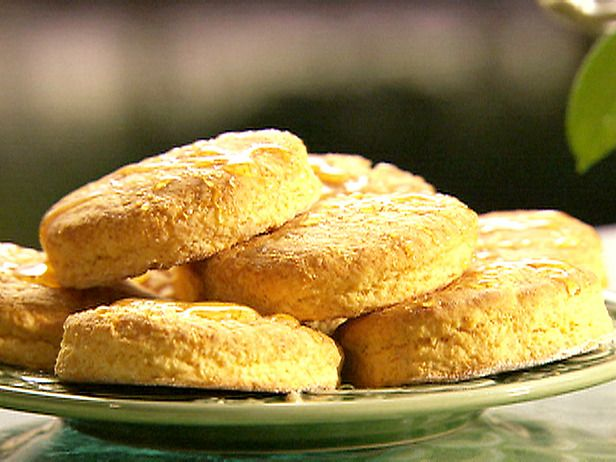 Sweet Potato Biscuits recipe. Thanksgiving recipe. #thanksgiving # ...
