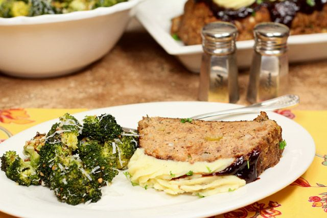Meatloaf with Roasted Garlic Mashed Potatoes – From My Family to ...