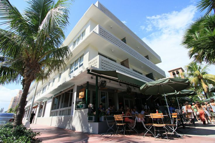 Pin by marie louise verbeke on south beach ocean drive for Beach boutique hotel