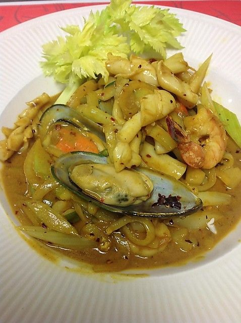 Mixed seafood curry | Seafood | Pinterest