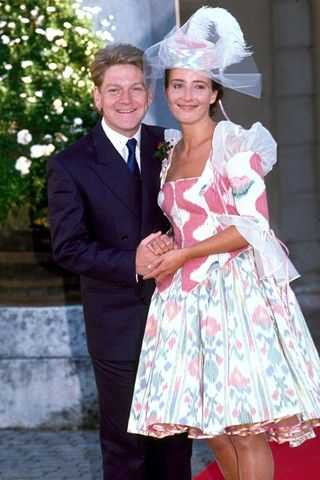 Kenneth Branagh & Emma Thompson on their wedding day, 1989 I love Emma, but this dress is awful.
