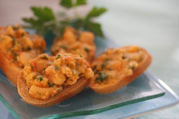 Cannellini Bean Spread Recipe: http://www.steamykitchen.com/2136 ...