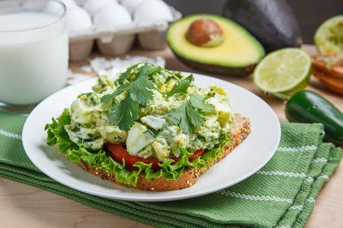 Creamy Avocado/Guacamole Egg Salad Sandwich | Recipe