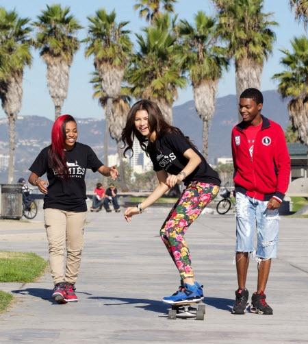 zendaya coleman skateboarding - photo #24