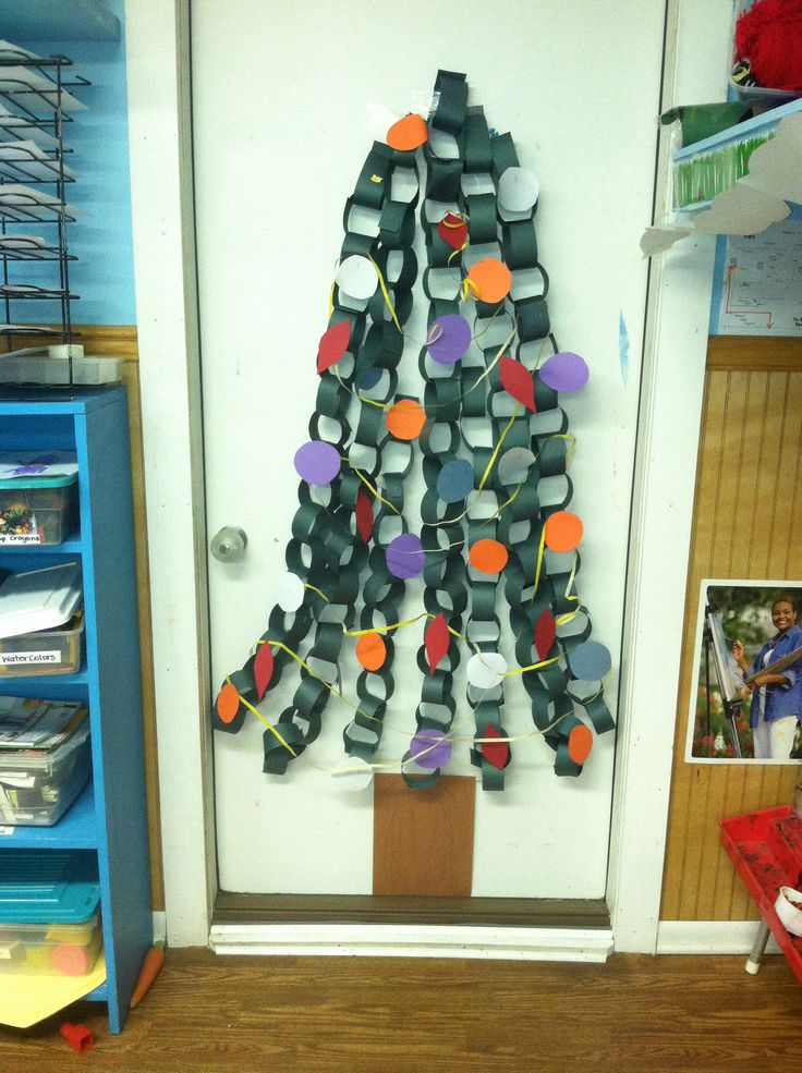 Kyles Munchkin Academy Winter Classroom Decorations  ~ 201926_Christmas Decoration Ideas With Construction Paper