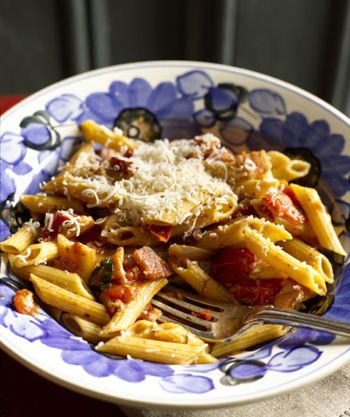 Penne with Popped Tomatoes and Bacon
