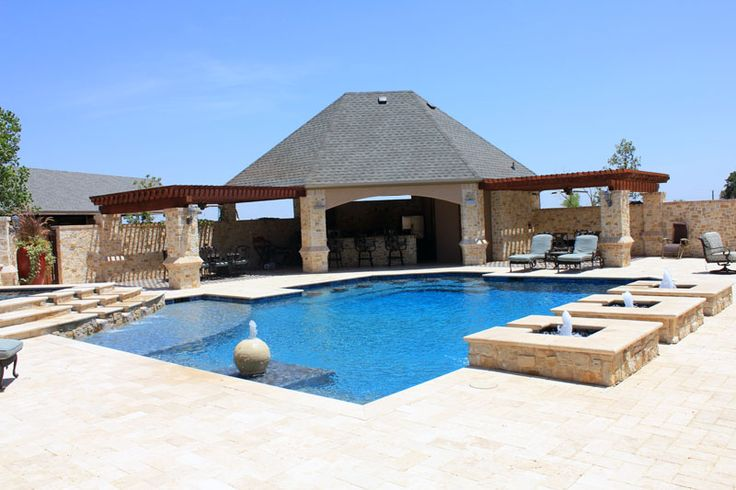 Luxury swimming pool and outdoor cabana pool decor for Swimming pool cabanas