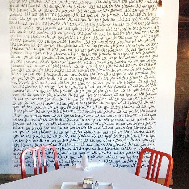 DIY a cursive wall