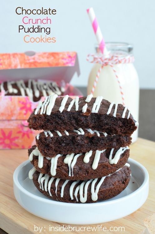 Chocolate Crunch Pudding Cookies - these rich chocolate cookies have plenty of crunch from the candy mixed in