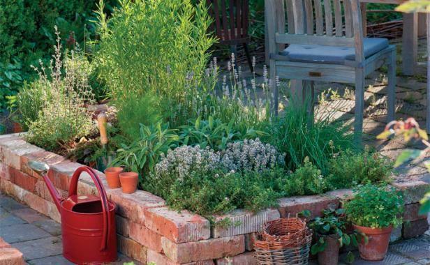 Garden Bed Bricks : Brick raised bed garden plans