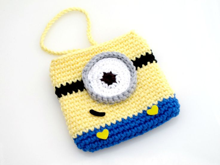 Crochet Minion Bag Pattern : Despicable Me Minion Pouch. Crochet. Purse