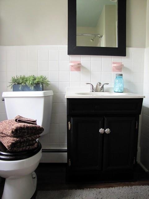Low Budget Bathroom Make Over