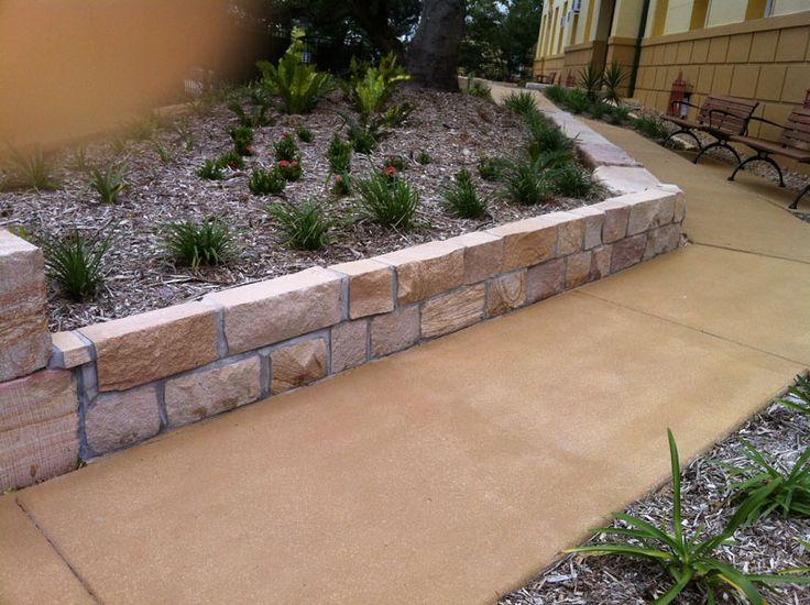 Sandstone brick garden edging garden ideas pinterest for Brick border garden edging ideas
