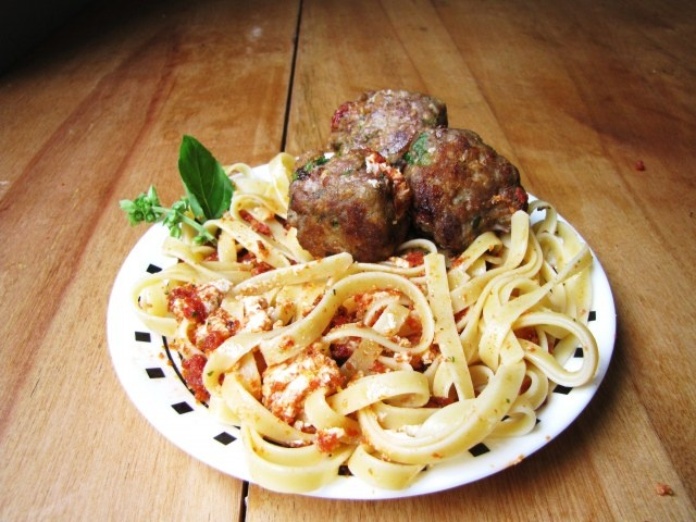 ... Turkey Meatballs with Sun-Dried Tomato and Goat Cheese Pesto Sauce