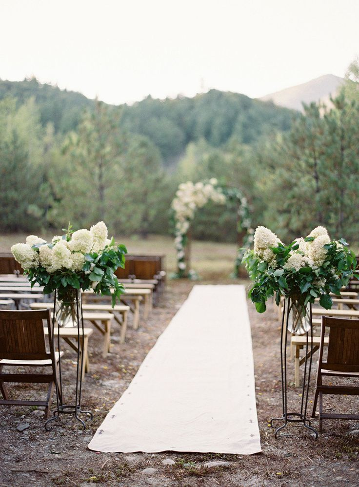 Photography by Jose Villa / josevillaphoto.com, Event Design by Moon Canyon Design / mooncanyondesign.com/