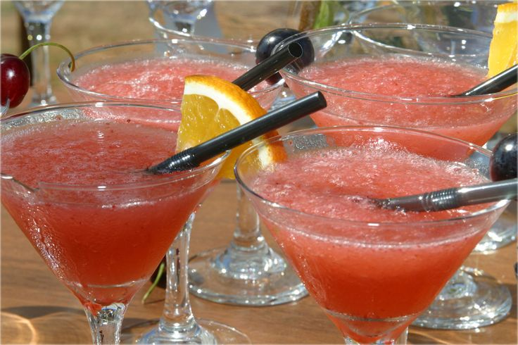 Fresh Watermelon Margaritas - with tequila, Cointreau and sweet lime ...