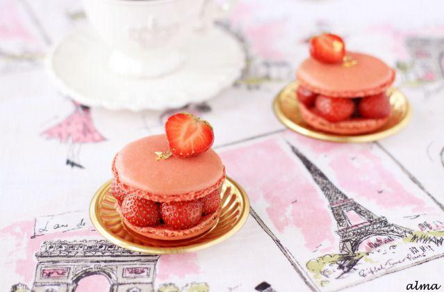 Strawberry Macarons | Cookies | Pinterest