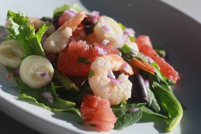 Recipe: Ruby Red Grapefruit, Hearts of Palm and Shrimp Salad