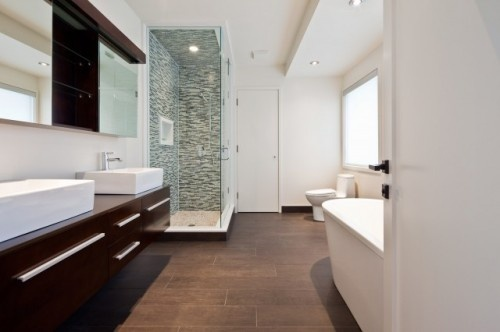 Great Wood Look Tile Bathroom 500 x 332 · 38 kB · jpeg