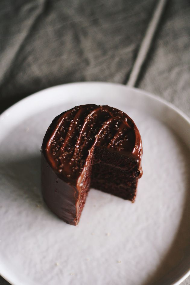 mini chocolate olive oil cake | Like A Fat Kid Loves Cake | Pinterest