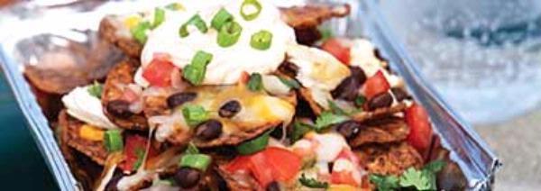 Chicken and Black Bean Nachos | Nachos | Pinterest