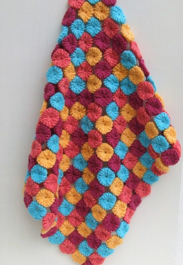 Crochet Yoyos : crochet baby blanket with yoyos DIY Pinterest