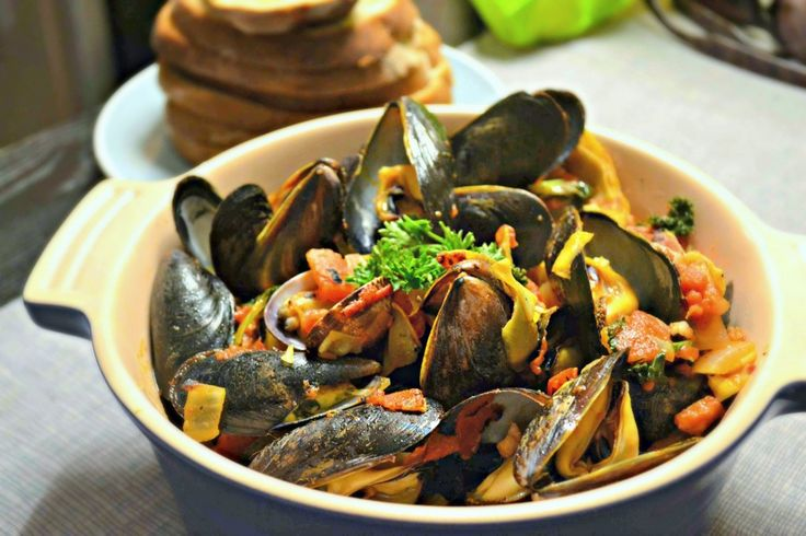 Mussels with Spicy Vodka Tomato Sauce | Mussel Recipes | Pinterest