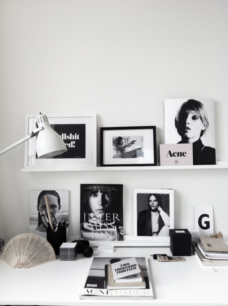 Things and decorations inspiration for home office. Keep everything simple in black and white.