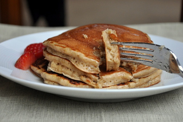 Gingerbread Oatmeal Pancakes by Turntable Kitchen, via Flickr. Made ...