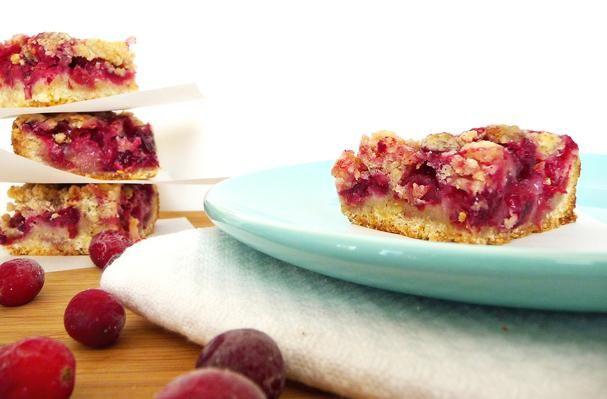 Cranberry Crumb Bars. #almondmeal #cinnamon #cranberries