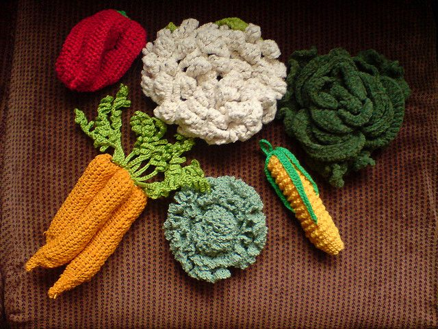 Crochet Patterns Vegetables Free : Crocheted vegetables Flickr: Intercambio de fotos