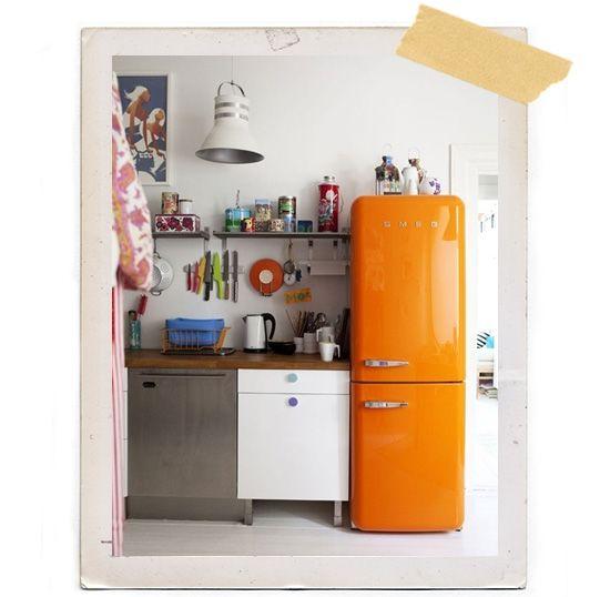 Orange smeg refrigerator kitchen retro home pinterest for Smeg küchen