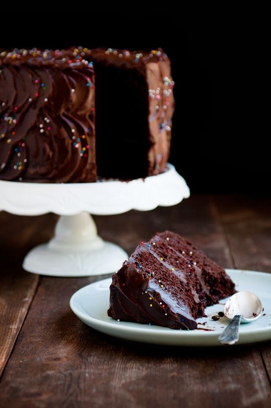 Amazing Chocolate Cake Cakes of all kinds, shapes and ...