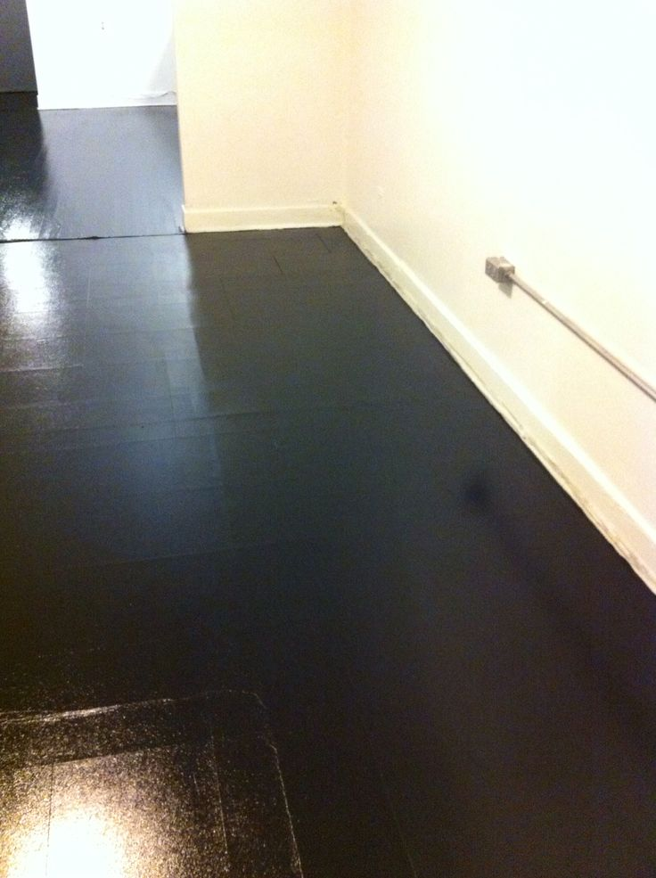 Painted high gloss black vinyl floor painted floors for Painted vinyl floor ideas