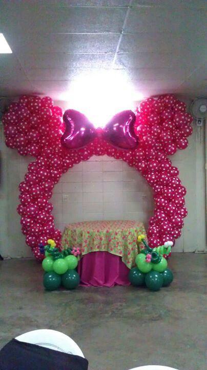 Ears Balloon Arch | Balloon columns /Columnas globos | Pinterest