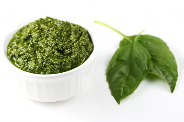 Classic Basil Pesto | (Culinary Porn) Been there, done that! Le gastr ...