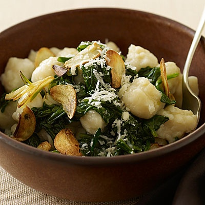 Spinach and Gnocchi with Garlic Chips. Generally speaking, I dislike ...
