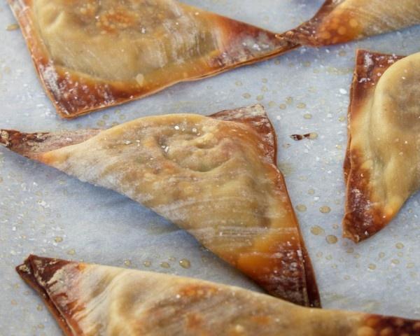 shiitake & tofu wontons--baked to get crispy
