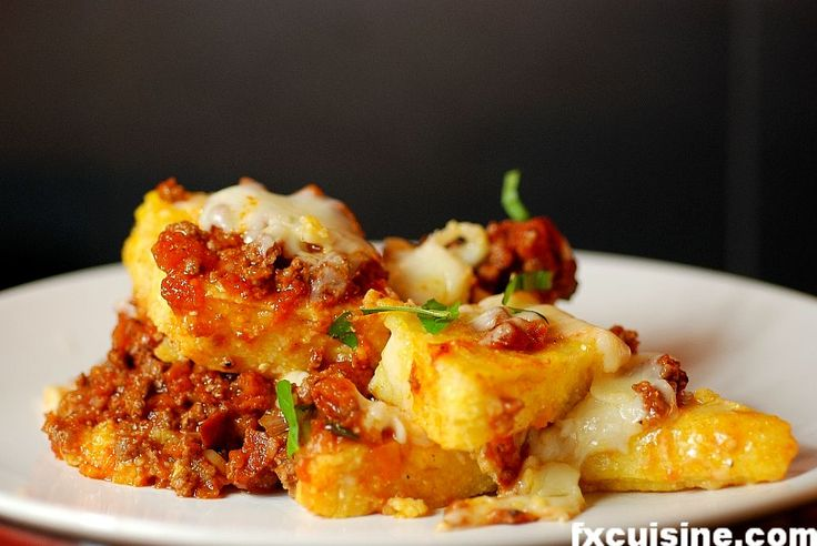 Polenta sarda - add sundried tomatoes, cheese and fresh basil. Can be ...