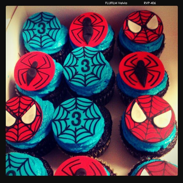 Spiderman Cupcake Images : Spiderman Cupcakes! :) Eco - Style Pinterest