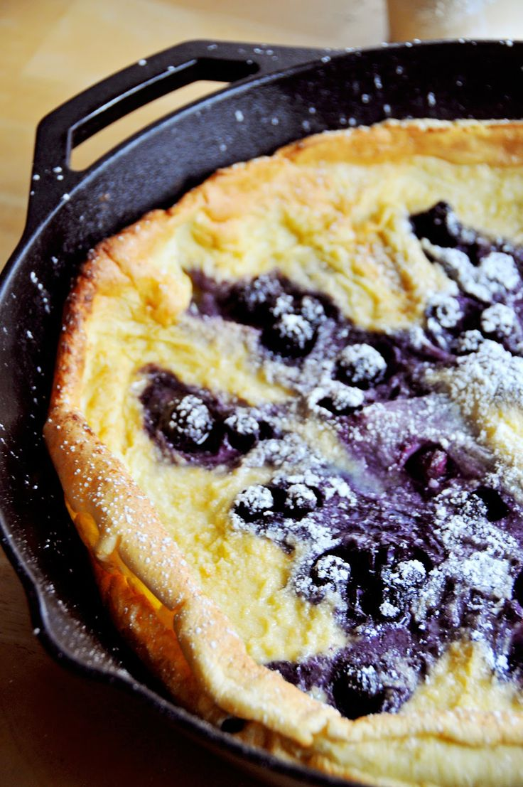 Puffy Pancakes with Berries | sweet to eat | Pinterest