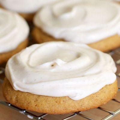 Soft Frosted Pumpkin Spice Cookies | Pumpkin Everything | Pinterest