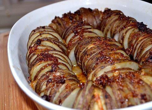 Crispy Onion Potato Roast | Feed Me! | Pinterest