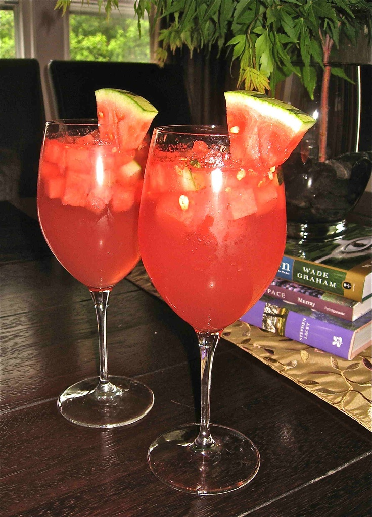 Sparkling Watermelon Sangria ~ yum! | To drink | Pinterest
