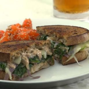Vegetarian Ruebens with Russian Dressing-- This exceptional sandwich originated at Penny Cluse Cafe in Burlington, Vermont. The spinach, mushroom and onion filling is so satisfying, you won't even miss the corned beef. @EatingWell