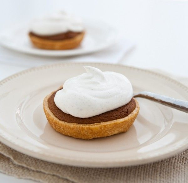 Mini Gingerbread Cookie Pies with Spiced Cream by EclecticRecipes.com ...