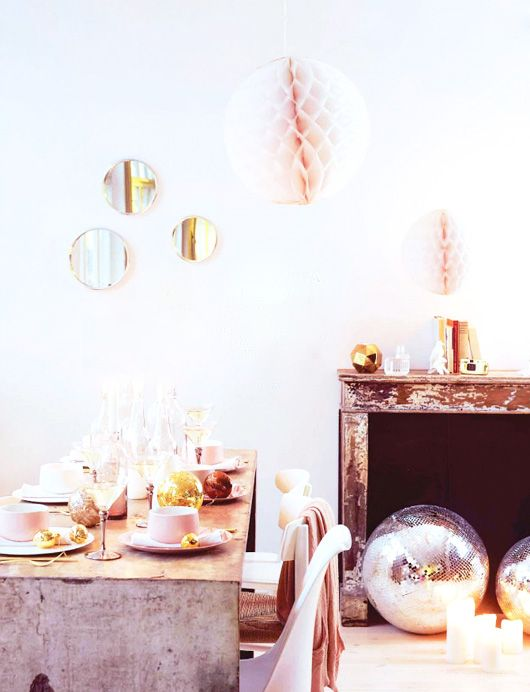 pastel holiday decor / elle decor
