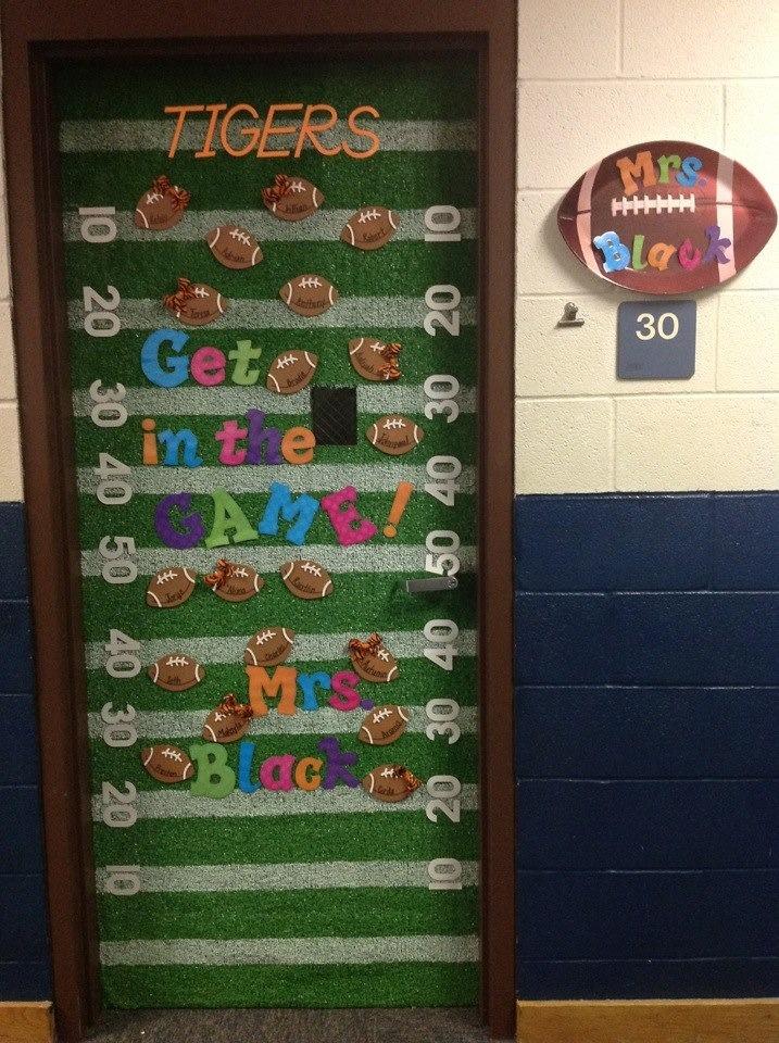 Door Decoration themes for School