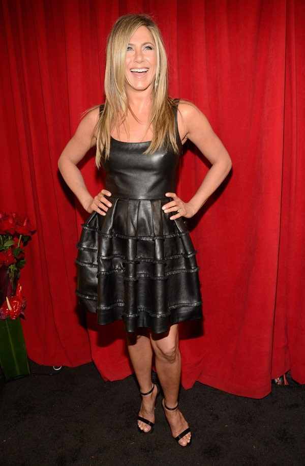 #JenniferAniston People's Choice Awards Best Dressed At The 2013 PCAs - Hollywood Life
